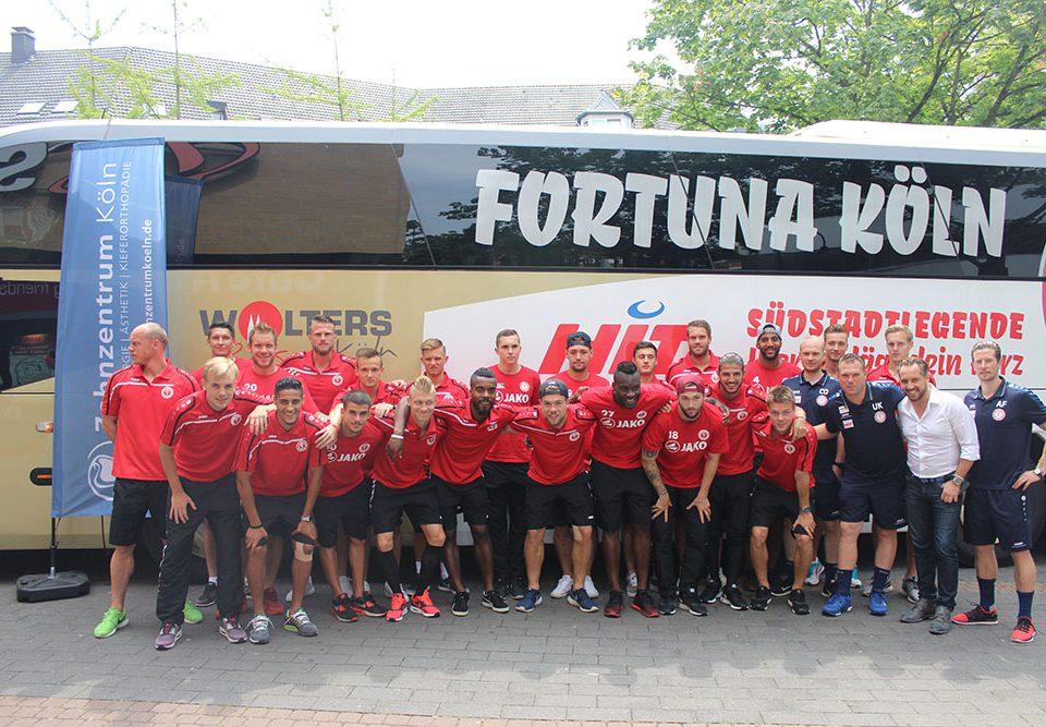 Fortuna Köln im Zahnzentrum Köln - Die Ankunft